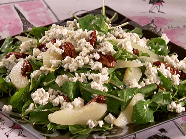 Pear Gorgonzola Salad